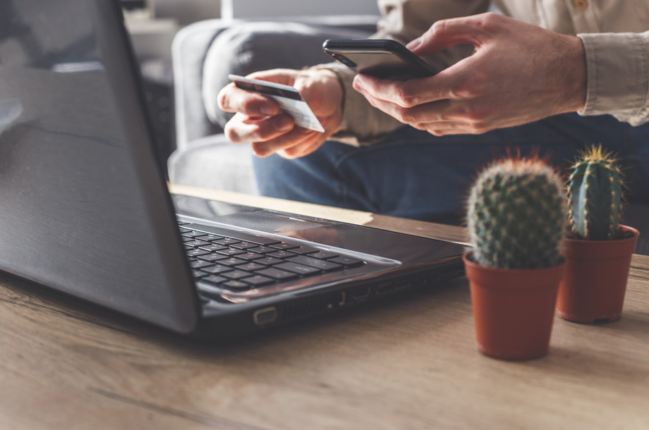 Online payment with smartphone or laptop
